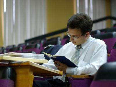 ПростоСдал ру Статьи Сколько стоит сделать дипломную работу
